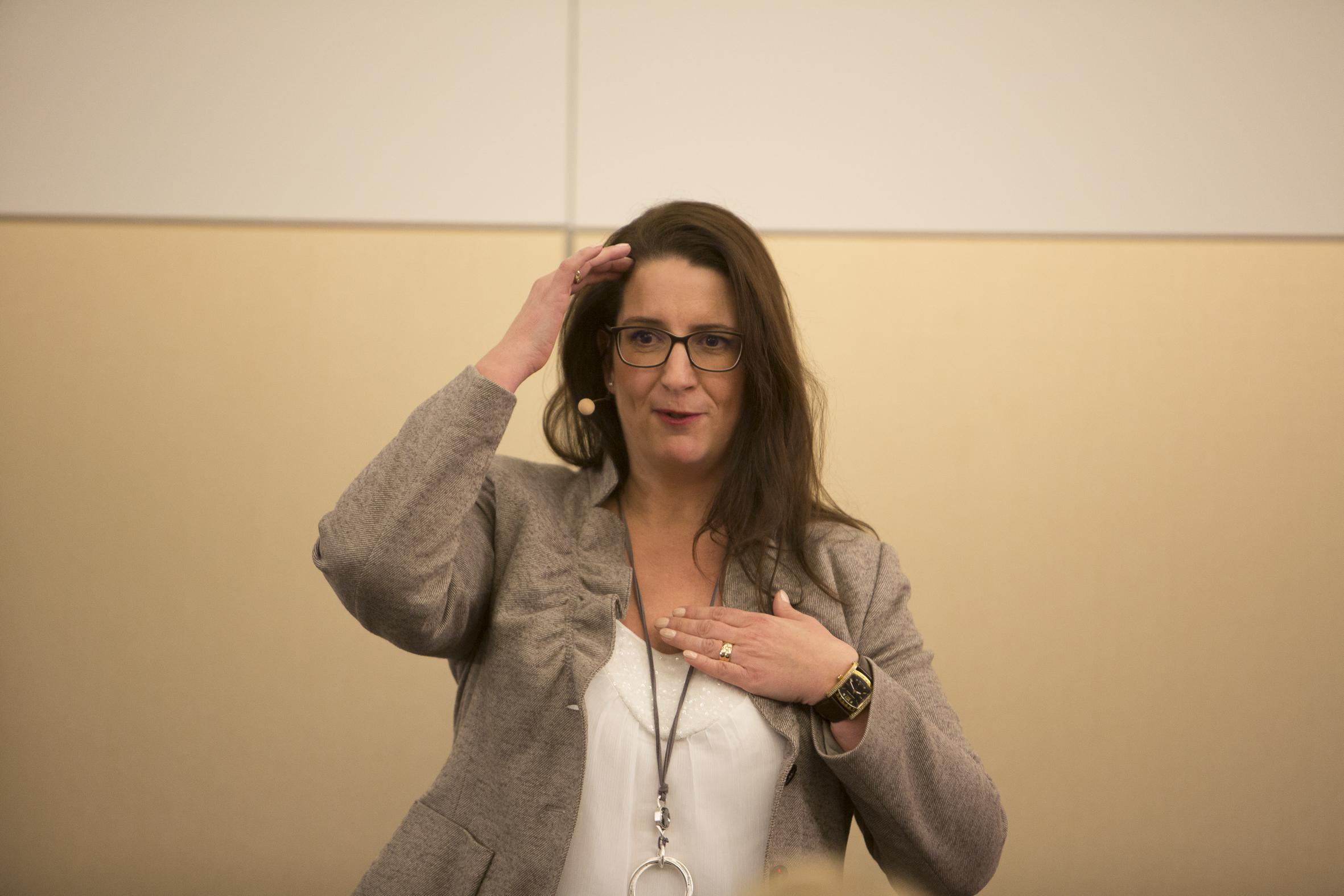 Michaela Forthuber Bühnenbild Speaker